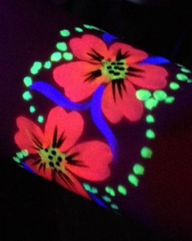 Glow tatoo