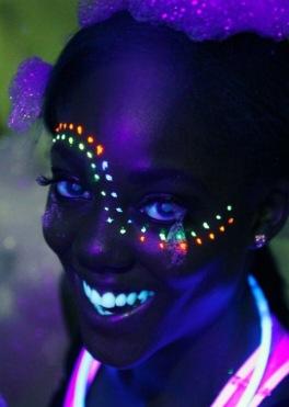 Glow make up festival