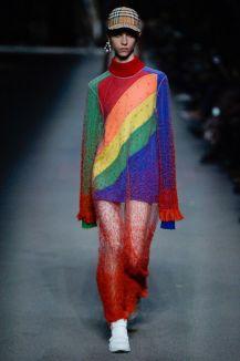 Vogue Runway 2018 Burberry spring-summer rainbow