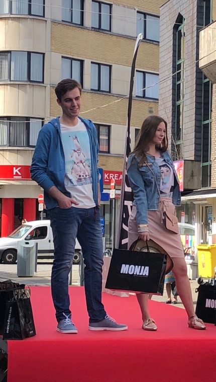 Fashion show boetiek Monja
