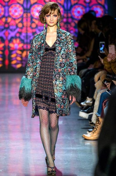 trend-flower outfit fall-winter2018-19 Anna Sui