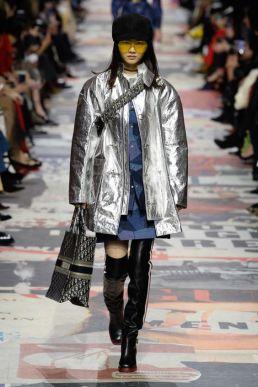 trend-folie-outfit fall-winter2018-19 Dior @vogue nl